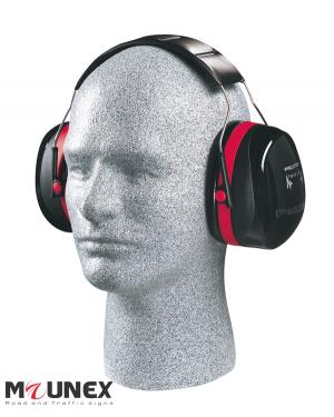 گوشی ایمنی پلتور h10 روی گوش
